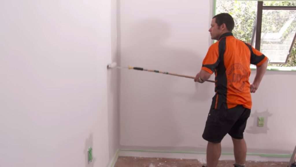 How to Paint Interiors | Mitre 10 Easy As DIY